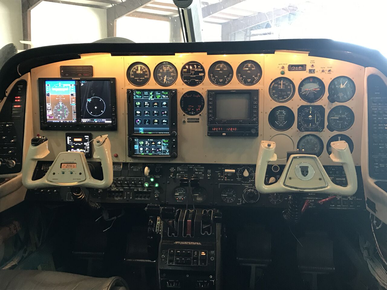 Gardner Lowe Aviation Services FAA-certified Avionics Installation